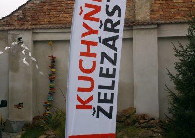 reklamni-vlajka-zelezarstvi